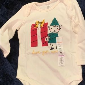 NWT adorable Christmas time onesie. Size 18M